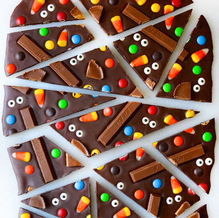 halloween-candy-chocolate-bark