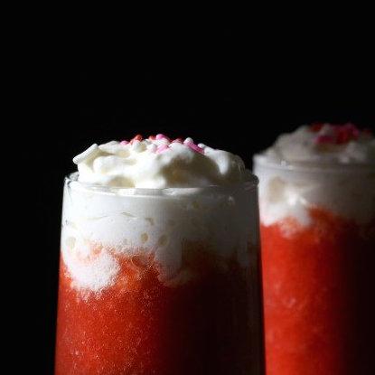 xcoconut-strawberry-daiquiri-image.jpg.pagespeed.ic.J-7GUMTI90QmnqTZqGoX