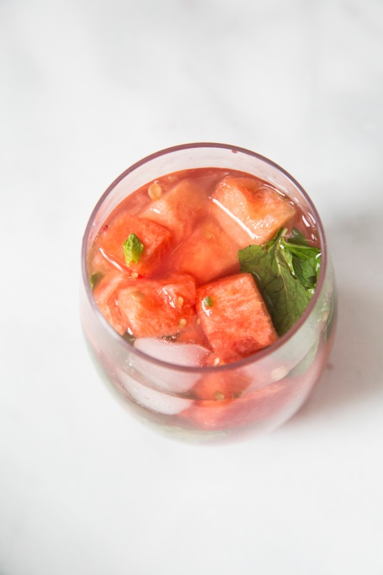 Ingredients ¼ cup watermelon 1 lime, juiced 2 teaspoons sugar 2 mint leaves 2 ounces white rum 4 ounces ginger ale Directions: Muddle watermelon chunks, lime juice, and sugar in a glass. Stir in a handful of mint leaves. Add white rum, ice, and ginger ale.