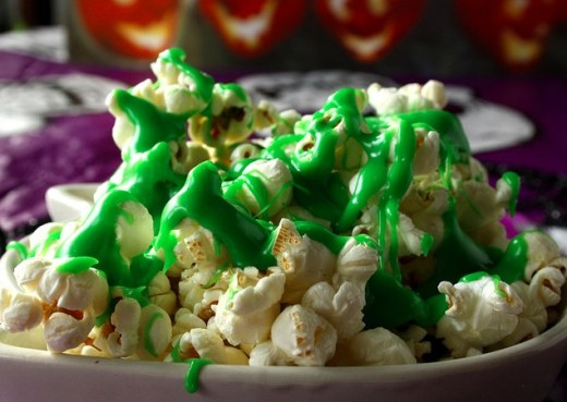 halloween-green-popcorn-snack-1