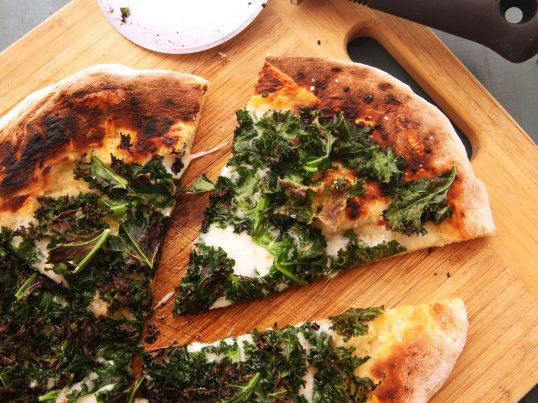 20141022-kale-pizza-7-thumb-1500xauto-413742