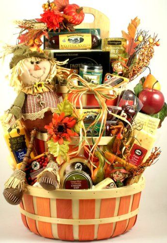 30f99af0c21edd3e7fe685d3a75bf2cb--fall-gift-baskets-halloween-gift-baskets