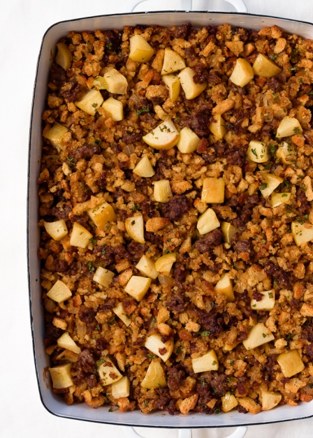 Apple_Sausage_Cornbread_Dressing_Stuffing_Fork_Knife_Swoon_10.jpg