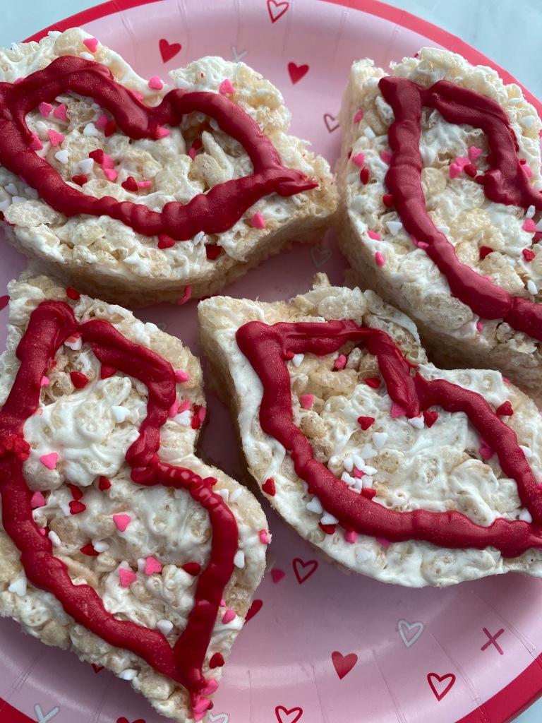 Rice Krispie treats in lip shape